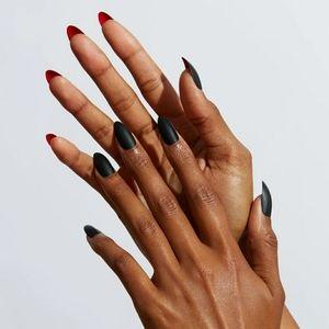 Reusable Press On Manicure